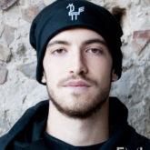 beanie-hat-black-nero-uomo-cappellino-pavoncella-heyastore.com